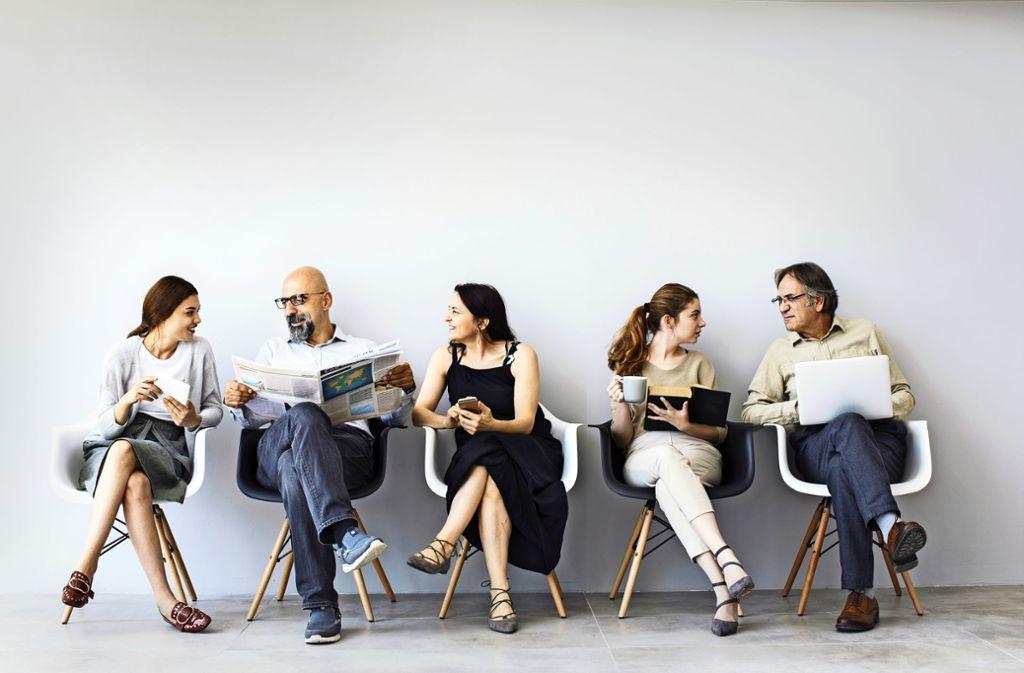 Man kann nicht nicht kommunizieren – ständig sind wir im Kontakt mit anderen Menschen, senden Signale  und erfassen Informationen und Zusammenhänge. Foto: sebra/Adobe Stock