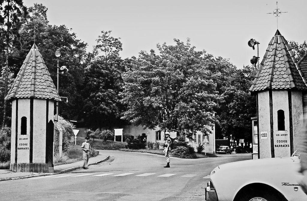 Der Eingang zu den Göppinger Cooke Barracks, dem heutigen Stauferpark,  wurde streng bewacht. Auch daran erinnert eine Schau im Museum Storchen. Foto: