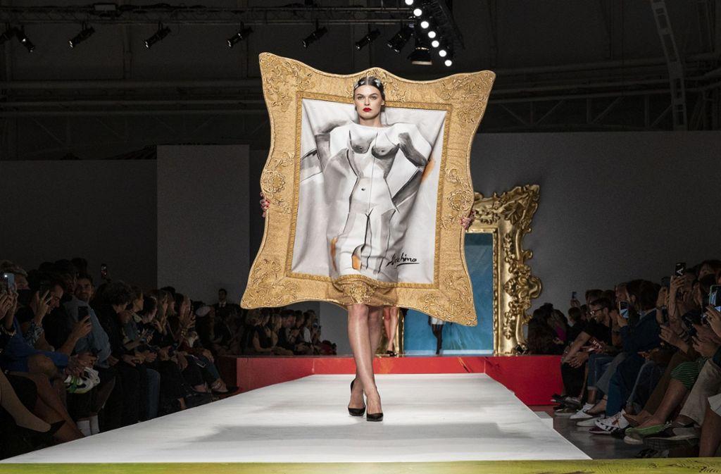 Ob es  ein Outfit ist oder vielmehr ein Kunstwerk ? Foto: Getty Images/Pietro Daprano