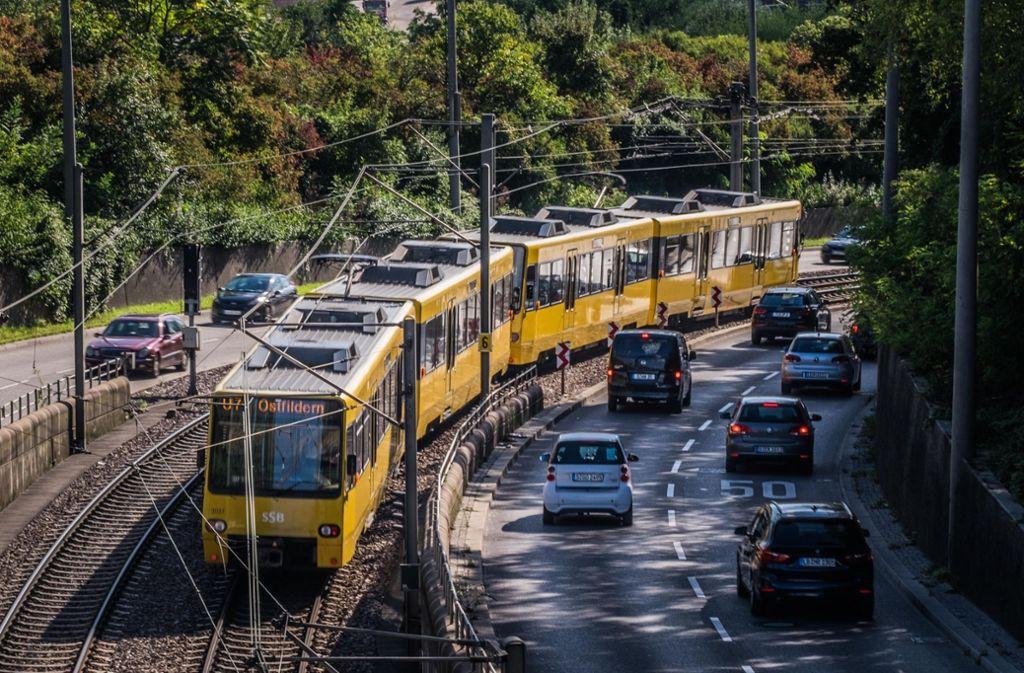 Umsteigen vom Auto auf die Bahn soll nicht nur die Umwelt schonen, sondern künftig auch den Geldbeutel. Foto: Lichtgut/Max Kovalenko