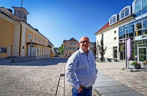 Aufklärer entlasten Pfarrer Grünzweig