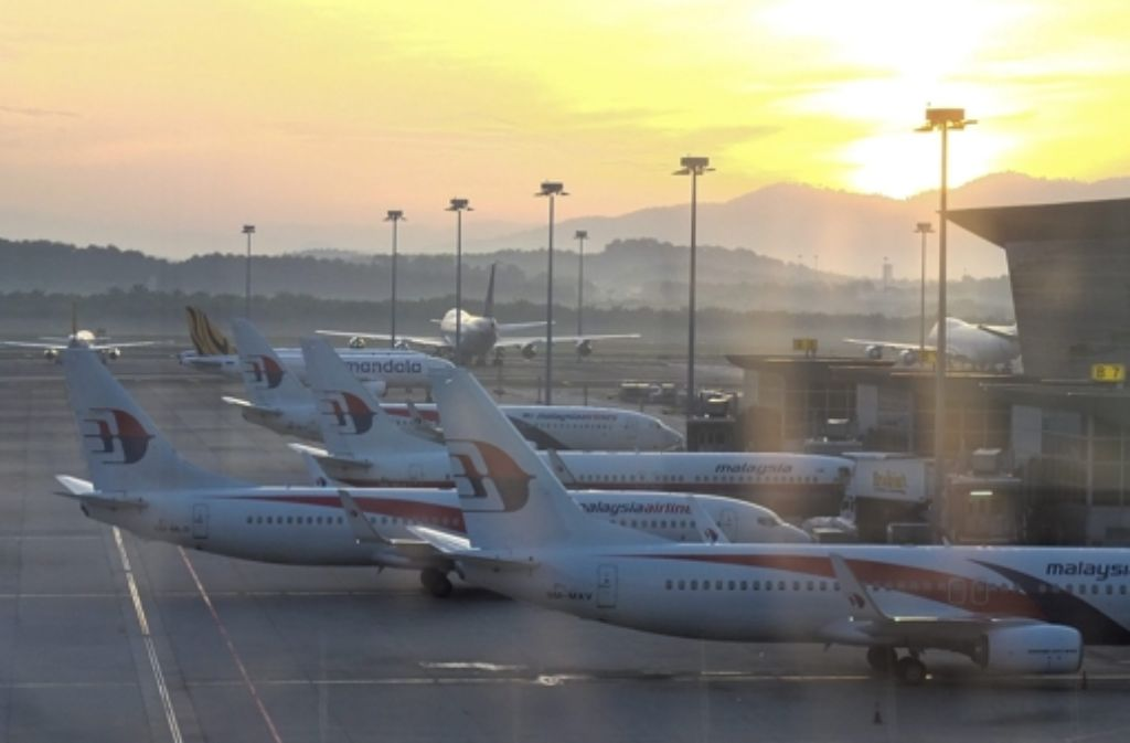 Maschinen von Malaysia Airlines auf ihrem Heimatflughafen in Sepang in der Nähe von Kuala Lumpur. Foto: EPA