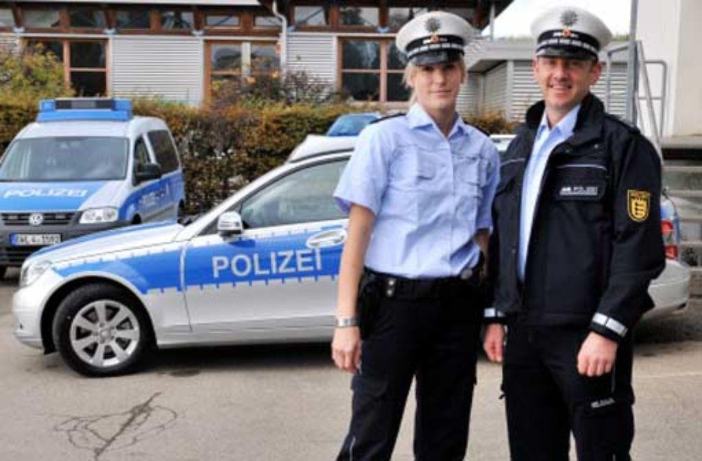 Knapp 1000 Euro kostet eine Uniform-Komplettausstattung eines Beamten. Foto: dpa