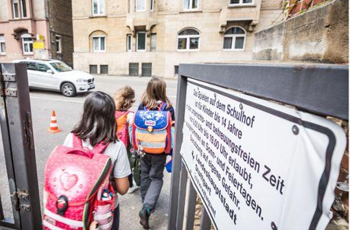 7700 Stuttgarter Kinder kommen zu Fuß zur Schule
