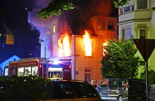 Wohnhaus nach Feuer unbewohnbar