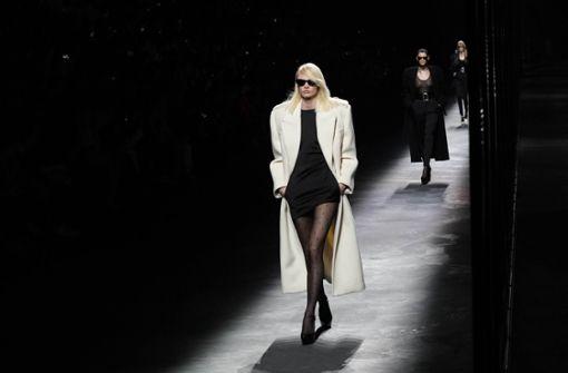 Saint Laurent sorgte für Rock-Glamour und Glow
