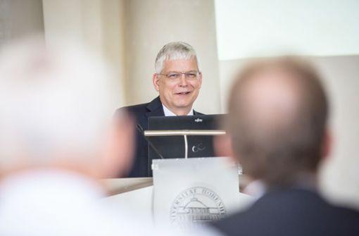 """""""Vollstes Vertrauen""""für Rektor Dabbert"""