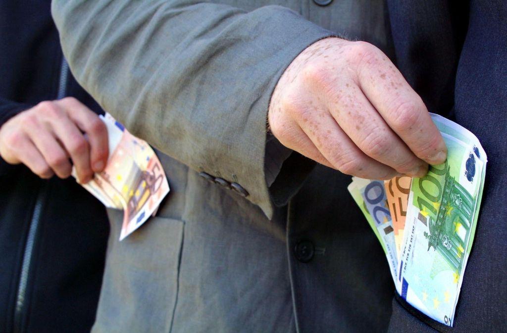 Wie viel Geld darf der Kreis von der Steuereinnahmen der Kommunen abzwacken? Foto: factum-Weise/Archiv