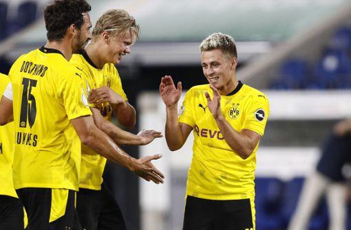 Borussia Dortmund zieht problemlos in die nächste Runde ein