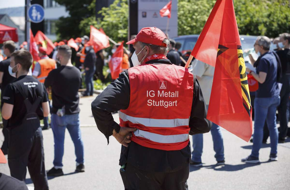 Selten zuvor haben die Beschäftigten des Kfz-Gewerbes so vielfältig Flagge gezeigt wie in dieser Tarifrunde. Foto: Julian Rettig/IG Metall