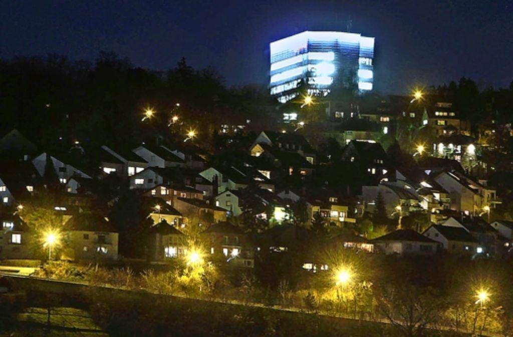 Die Bosch-Zentrale erhebt sich hoch über Gerlingen auf der Schillerhöhe. Foto: factum/Archiv