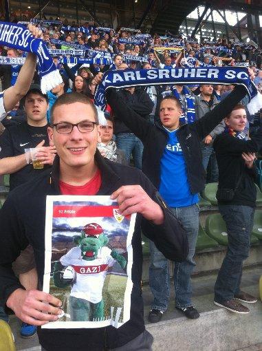 Beim Spiel KSC-Jahn Regensburg! Foto: Kris Kross