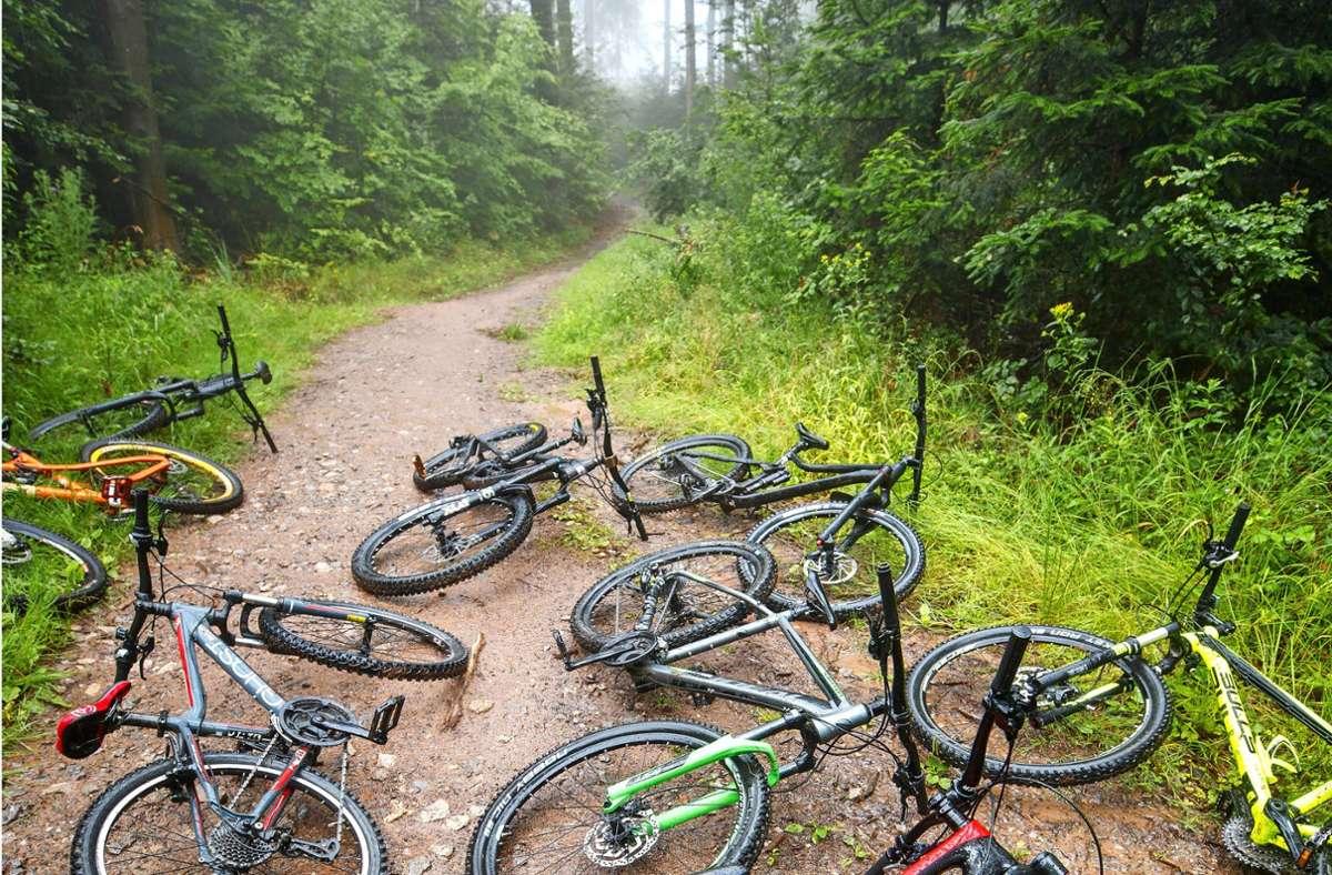 Mountainbiker flitzen auch rund um Leinfelden-Echterdingen  schon lange durch die Wälder. Das führt  zu Konflikten mit anderen Waldnutzern. Foto: Archiv//Gottfried Stoppel
