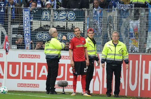 Freiburgs Kapitän Schuster von Hertha-Fans bespuckt