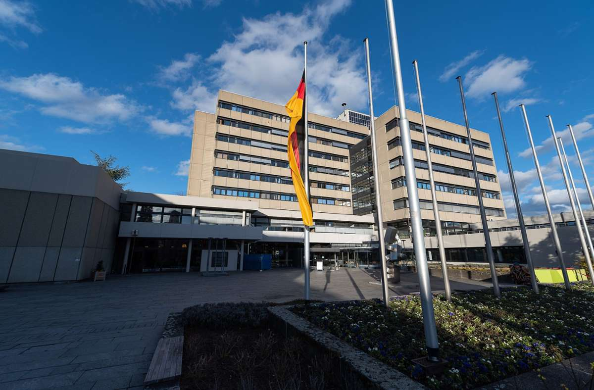 Das Sindelfinger Rathaus steht Rede und Antwort zum Haushalt, der im Mai vom Gemeinderat beschlossen werden soll Foto: Eibner-Pressefoto / Frank/Archiv