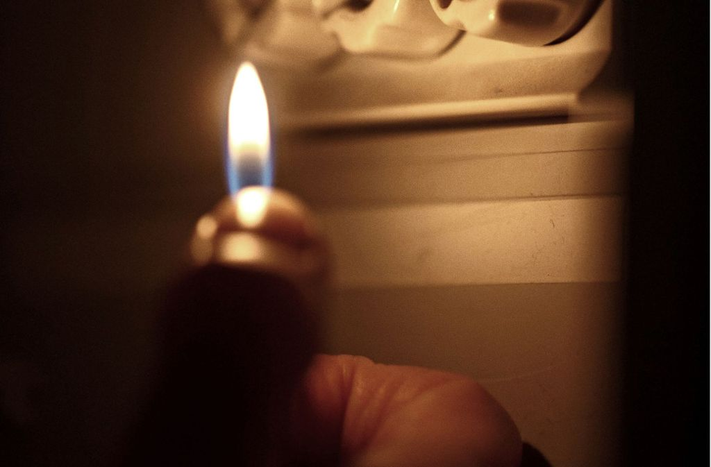 In Remshalden mussten sich die Menschen jüngst mit Kerzen behelfen. Foto: Gottfried Stoppel