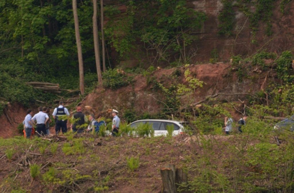 Unter einer Felswand in Trier-Pallien war im Mai 2015 das Skelett von Tanja Gräff gefunden worden. Foto: dpa