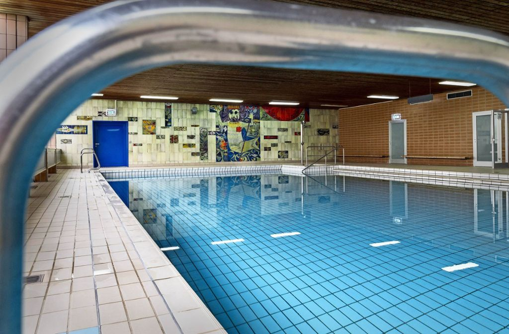 Das Asperger Bad ist bereits geschlossen, und seit Donnerstag ist klar: Es kann abgerissen werden. Foto: factum/Weise