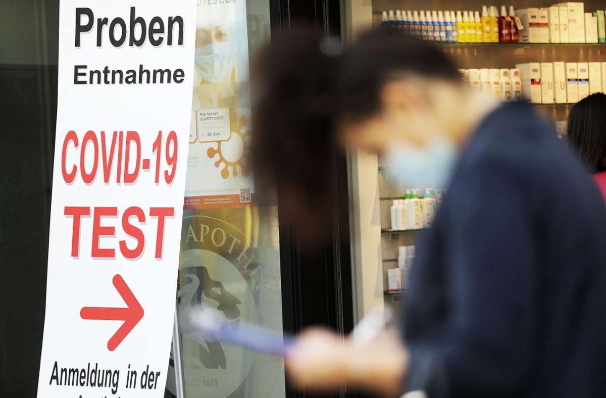 Test sollen zukünftig für Nicht-Geimpfte kosten. Foto: dpa/Oliver Berg