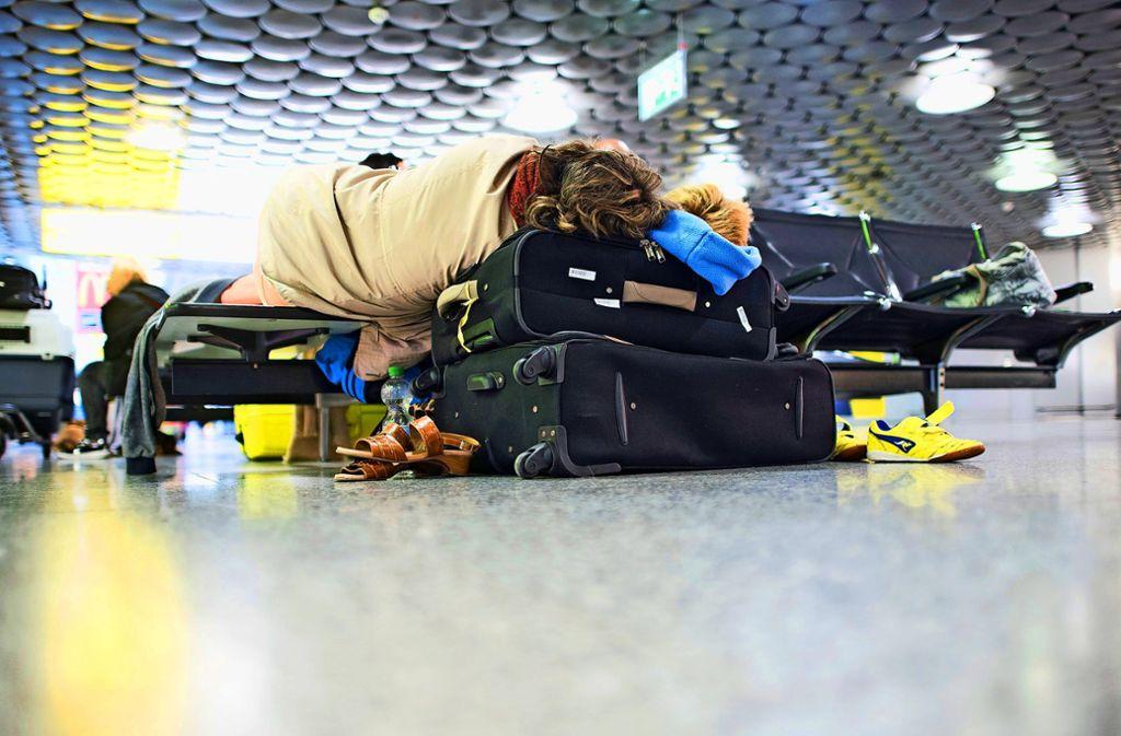 Die Ferienfluggesellschaft Tui fly befürchtet in diesem Sommer ähnlich chaotische Zustände an deutschen Flughäfen wie im vergangenen Jahr. (Symbolbild) Foto: dpa