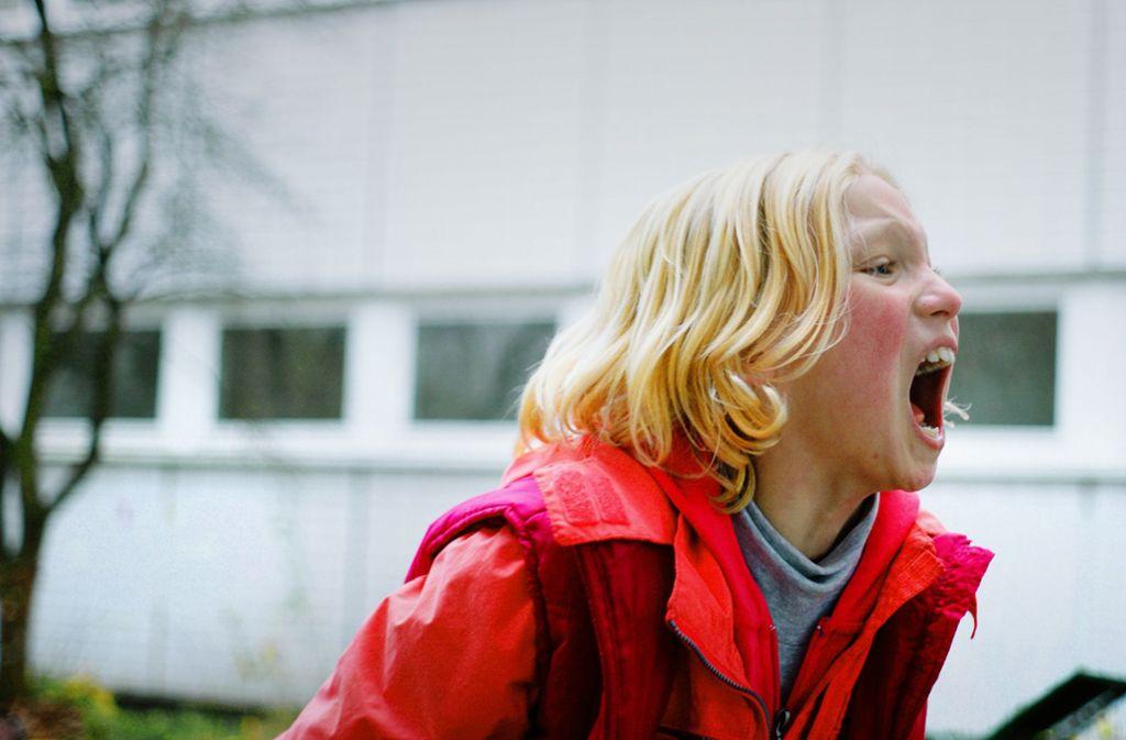 Wenn Benni in Rage gerät, ist sie kaum zu besänftigen – und die Kinderdarstellerin Helena Zengel verkörpert das erschreckend glaubwürdig Foto: Weydemann Bros./Yunus Roy Imer