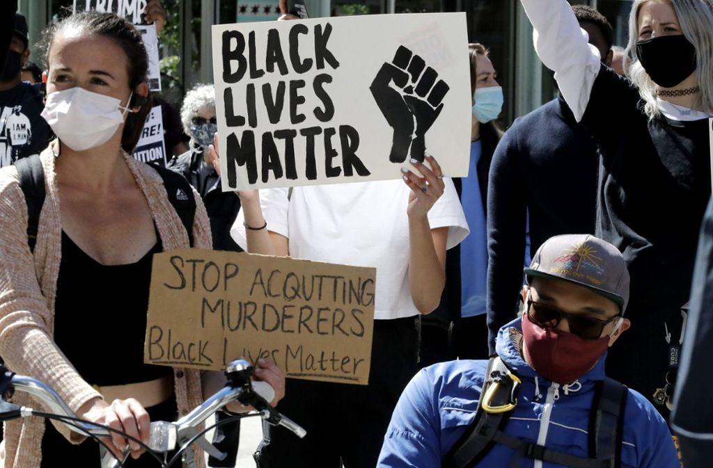 Durch den Tod von George Floyd in Minneapolis begannen die weltweiten Proteste. Foto: AP/Nam Y. Huh