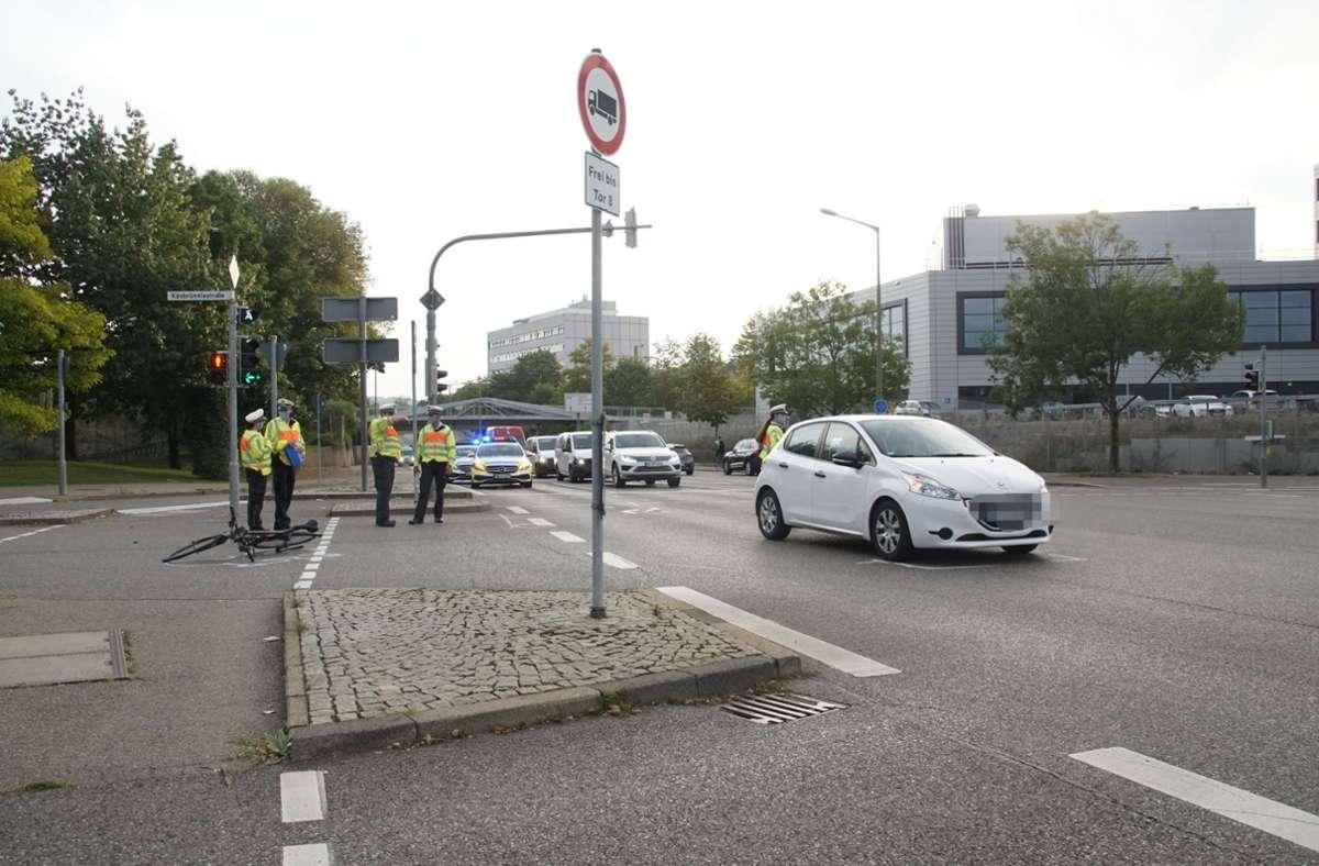 Der Radfahrer wurde bei dem Unfall schwer verletzt. Foto: SDMG/SDMG / Dettenmeyer