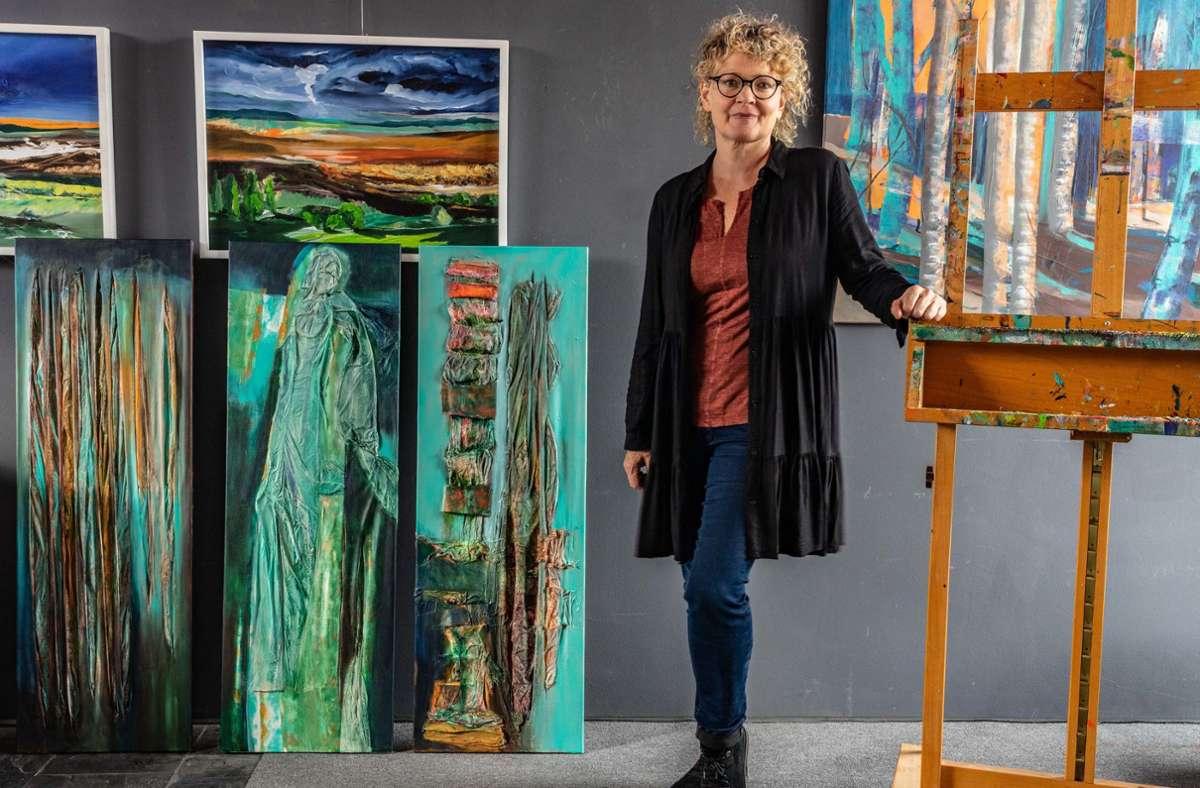 Susanne Wahl-Eder in ihrem Atelier in Lonsingen Foto: Faltin