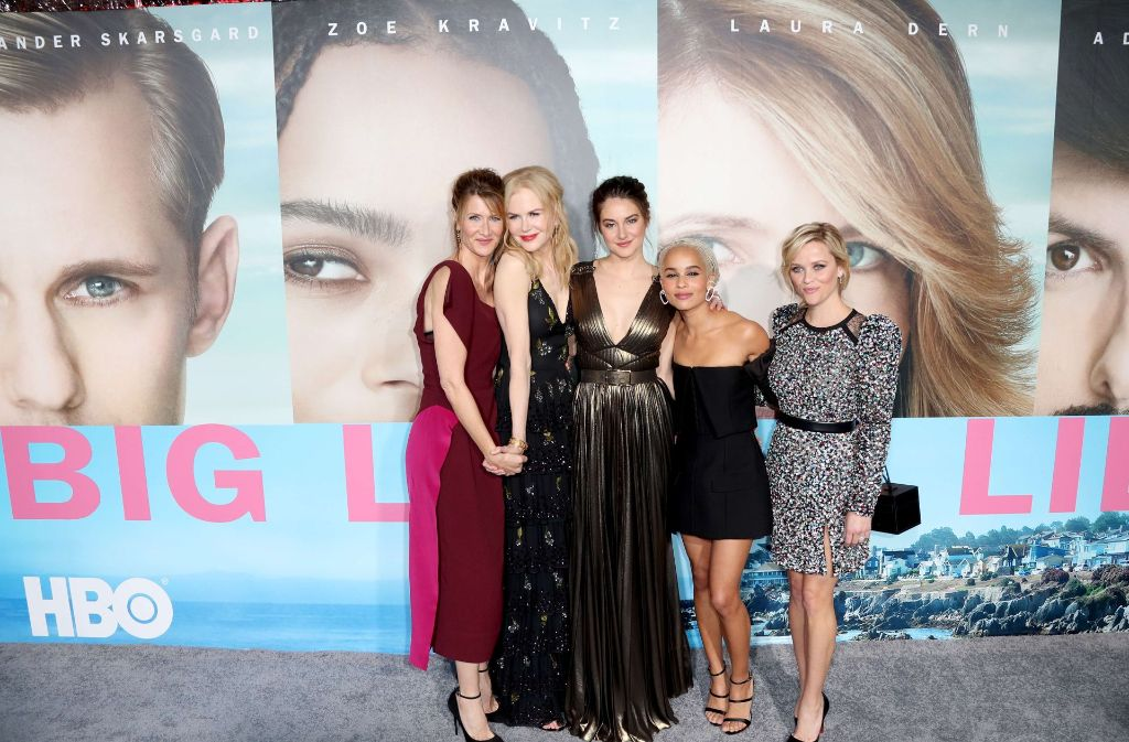"Die Schauspieler Laura Dern, Nicole Kidman, Shailene Woodley, Zoe Kravitz, und Reese Witherspoon (v.l.n.r.) feiern bei der Premiere ihrer Mini-Serie ""Big Little Lies"" in Los Angeles.Foto:AFP Foto:"