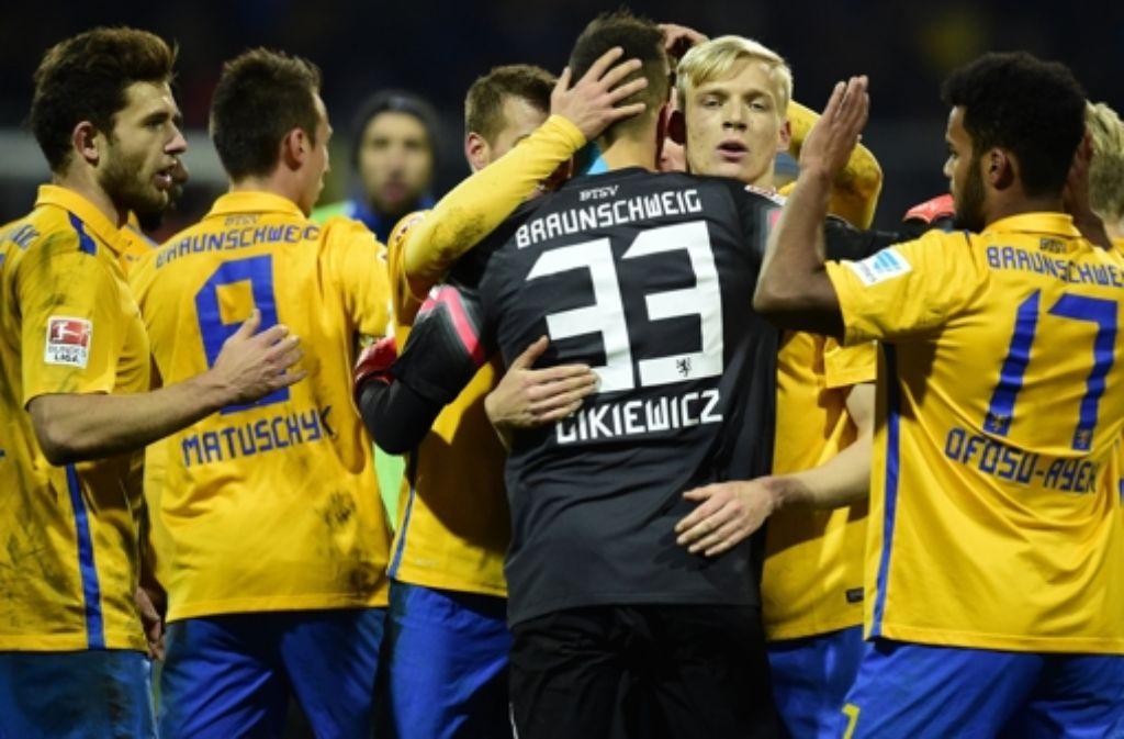 Eintracht Braunschweig gastiert am Mittwoch im DFB-Pokal beim VfB Stuttgart. Foto: dpa