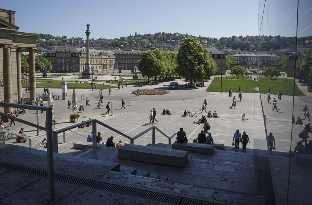Auch an der Freitreppe am Schlossplatz kam es zu Konflikten mit der Polizei. Foto: Lichtgut/Julian Rettig