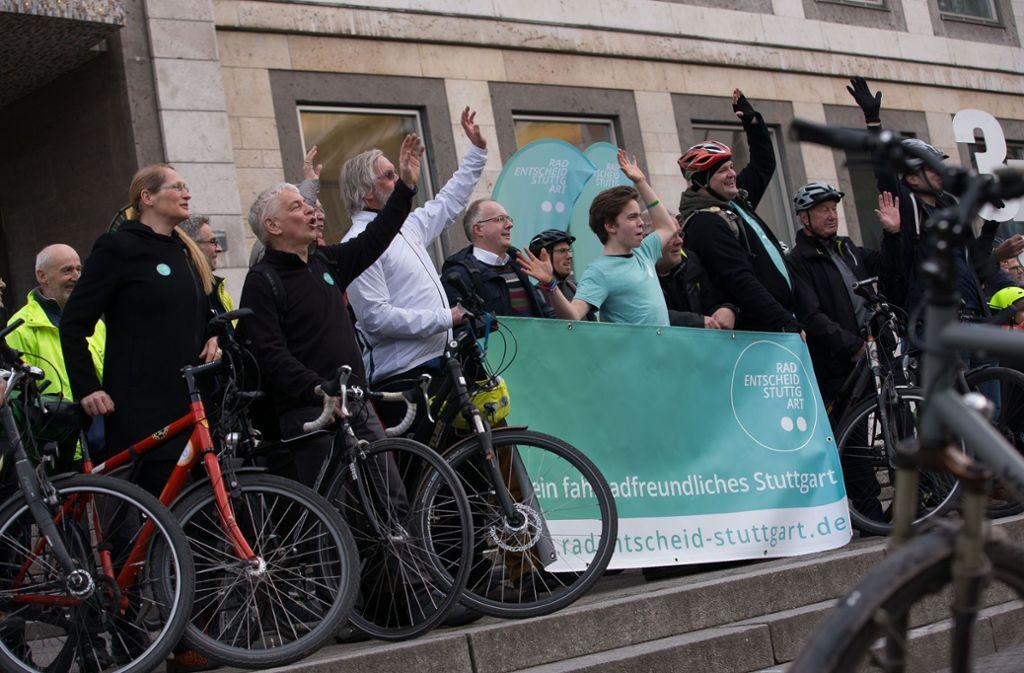 Fahrraddemonstration vor dem Stuttgarter Rathaus Foto: Lichtgut/Leif Piechowski