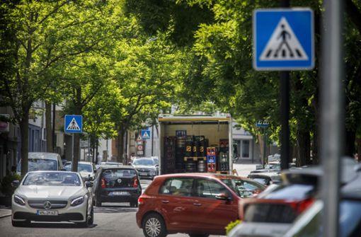 Parksuchverkehr stresst Fußgänger und Autofahrer