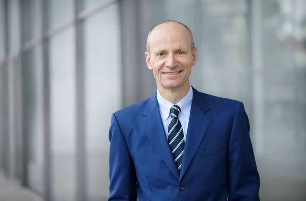 """Vermögensverwalter Gerd Kommer hat mehrere Finanzratgeberbücher geschrieben, darunter den Bestseller """"Souverän Investieren mit Indexfonds und ETFs"""". Foto: Tanja Alde/Gerd Kommer Invest"""