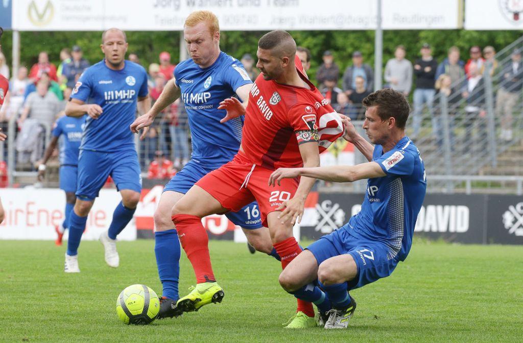 Am zweiten Spieltag gastiert der SSV Reutlingen in Stuttgart. Foto: Pressefoto Baumann