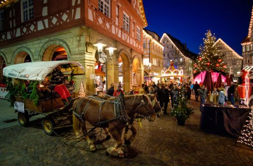 Weihnachts- und Wochenmarkt oder Funkergeschichte