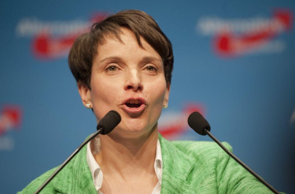 Die AfD um Frauke Petry muss sich in manchen Punkten noch finden. Foto: dpa