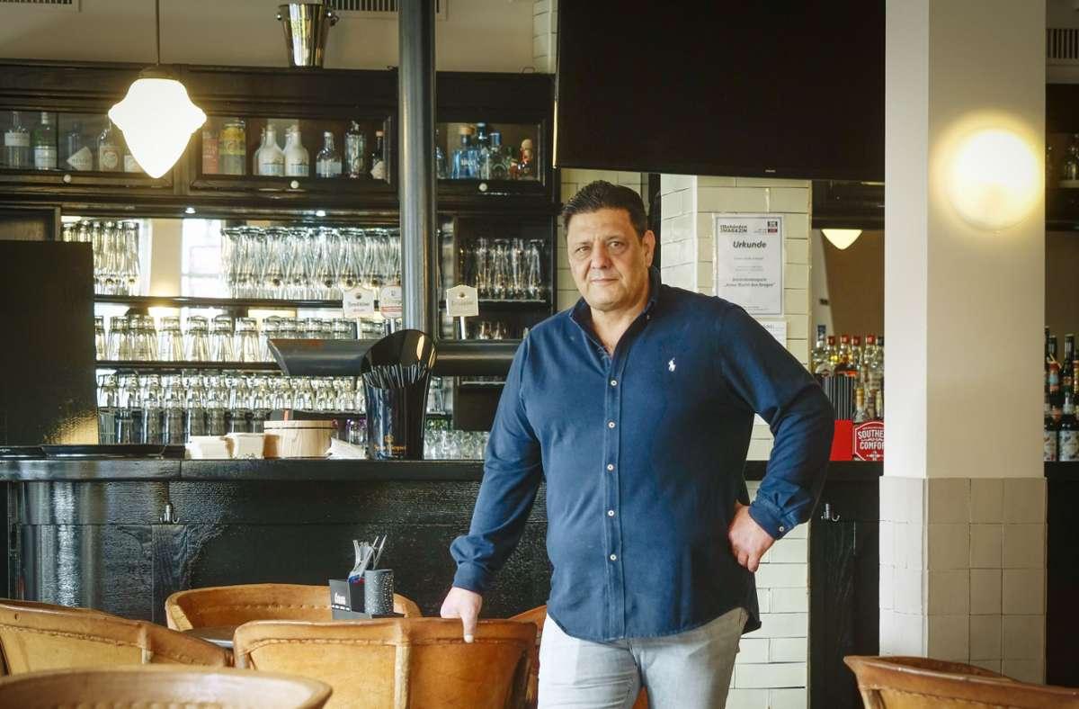 Geöffnet: Kai Hammami in seinem Burgerlokal Corners in Sindelfingen Foto: Granville