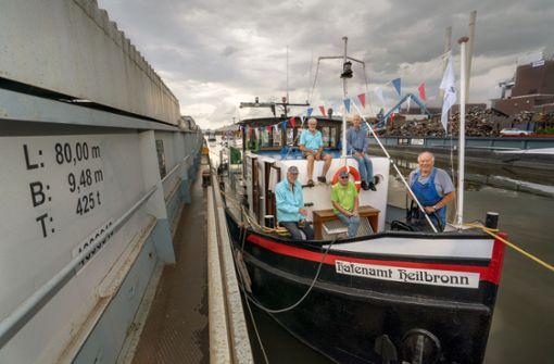 Neckarschlepper zeigt die Hafengeschichte