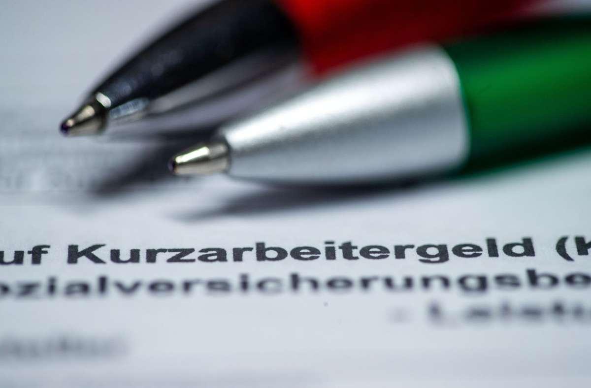 Bis maximal März 2022: Die Auszahlung von Kurzarbeitergeld wegen der Corona-Krise soll verlängert werden. Foto: dpa/Jens Büttner