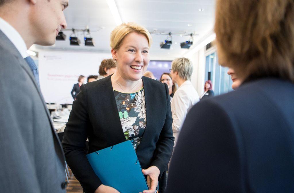 Familienministerin Franziska Giffey punktet mit Bürgernähe und Vernunft. Foto: dpa