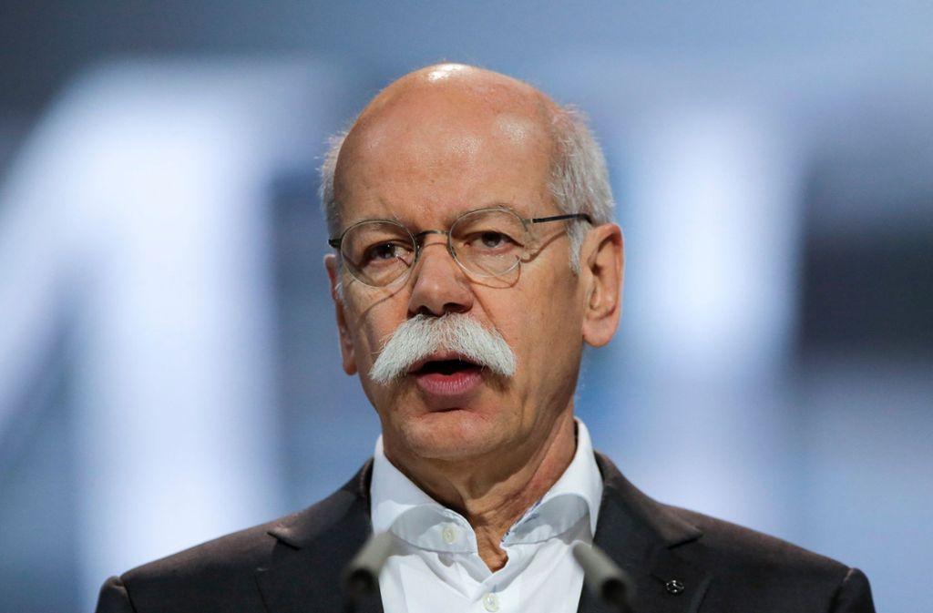 Daimler-Chef Dieter Zetsche schätzt Özil nach wie vor als Markenbotschafter. Foto: AP
