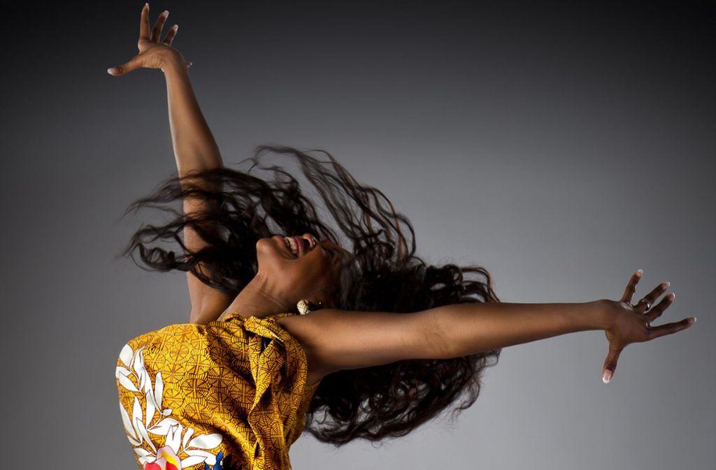 Von ihr heißt es, sie habe Chili im Blut:  RTL-Star Motsi Mabuse kommt im April zur Tanzmesse nach Stuttgart Foto: Alexander Heinrichs