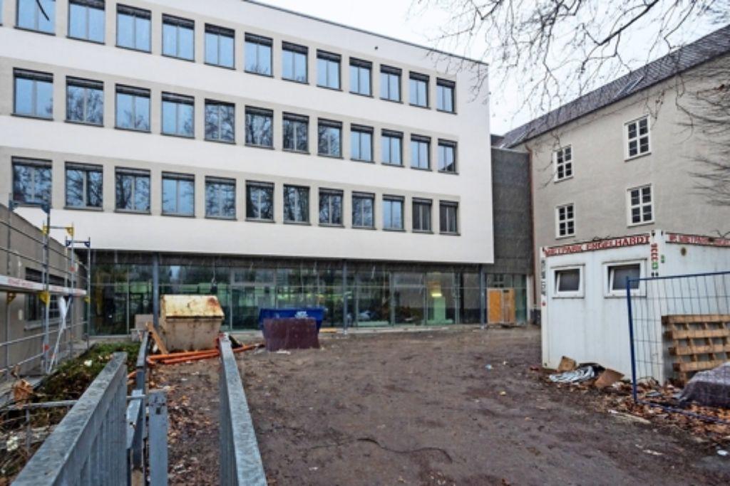 Das Schulgebäude am Campus wird für achteinhalb Millionen Euro saniert. Foto: factum/Weise