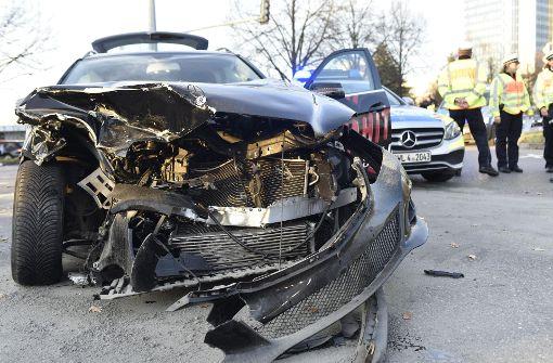 Schwerer Unfall mit drei Verletzten