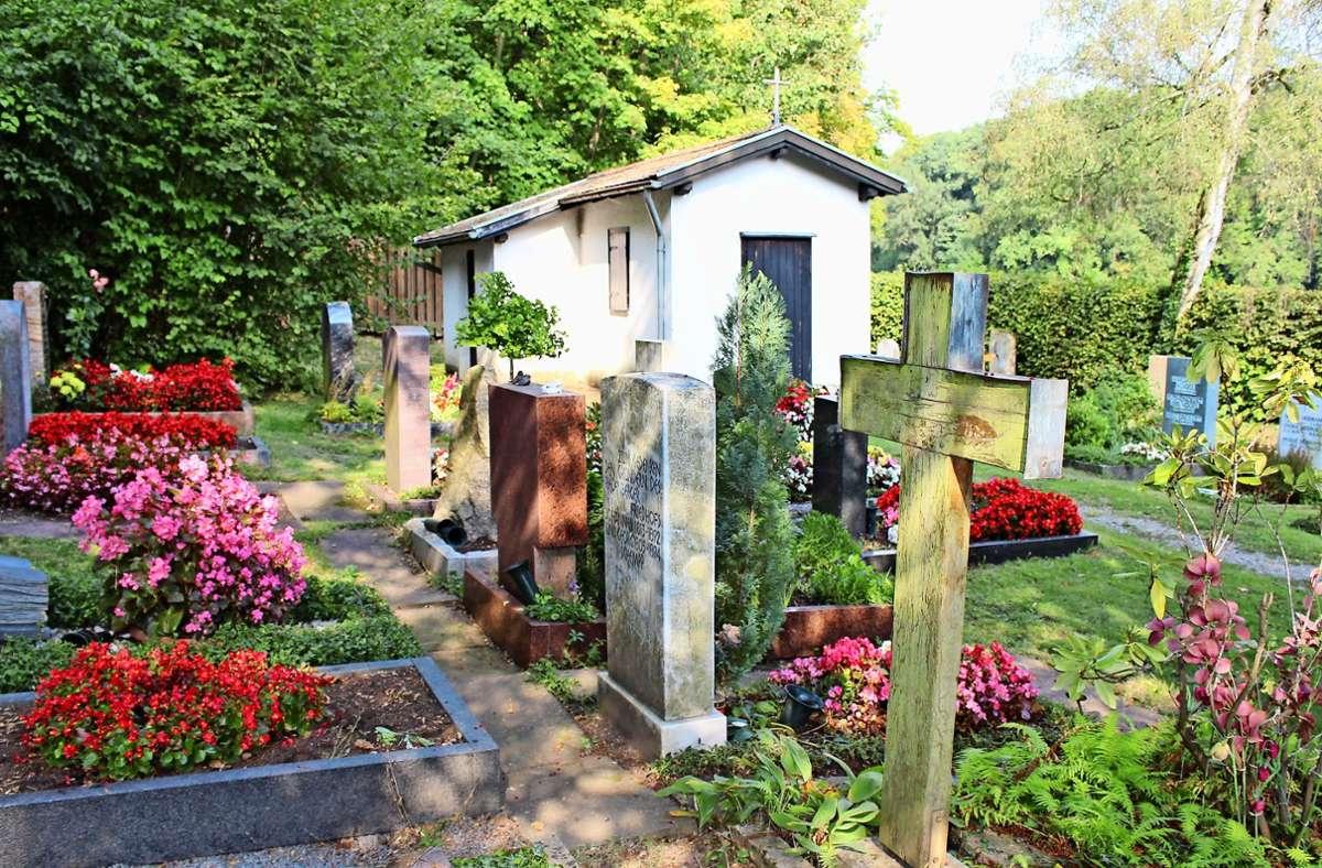 In Riedenberg gibt es nur etwa 200 Grabstellen. Foto: Caroline Holowiecki
