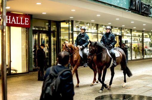 Die Polizei bittet Pferde zum Casting