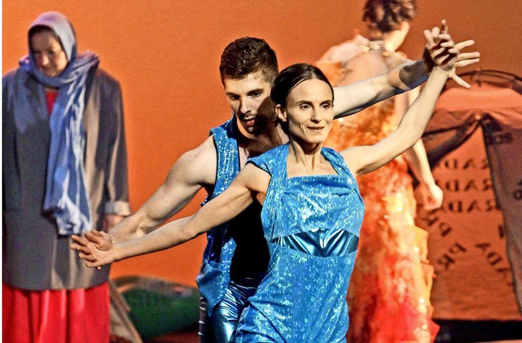 """Mehr als 150 Tänzer und Sänger treten bei den """"Jahreszeiten"""" auf. Foto: factum/Bach"""