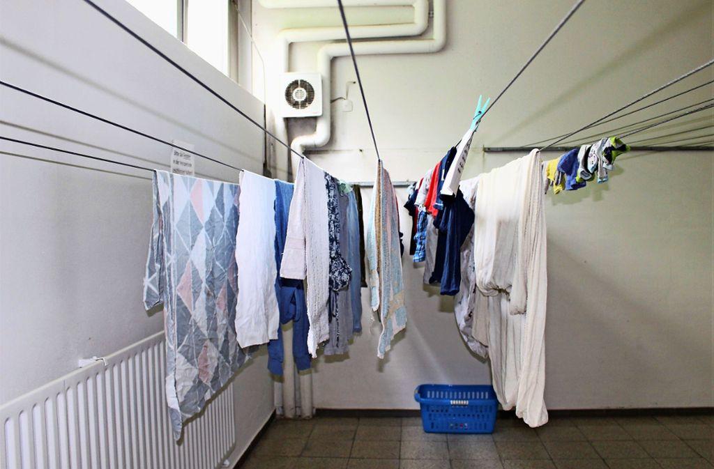 Bettwäsche, Schlafanzüge und ein  Wäschekorb: Dies alles kam in der Vergangenheit schon weg. Der Dieb muss einen Schlüssel haben. Foto: Caroline Holowiecki