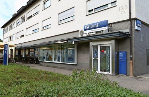 BW-Bank setzt wieder auf Schalterservice